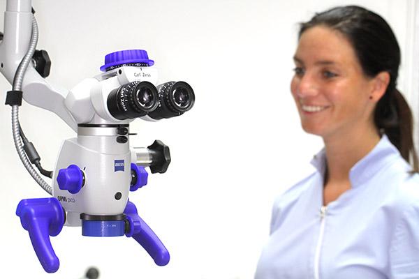 microscoop-en-assistente
